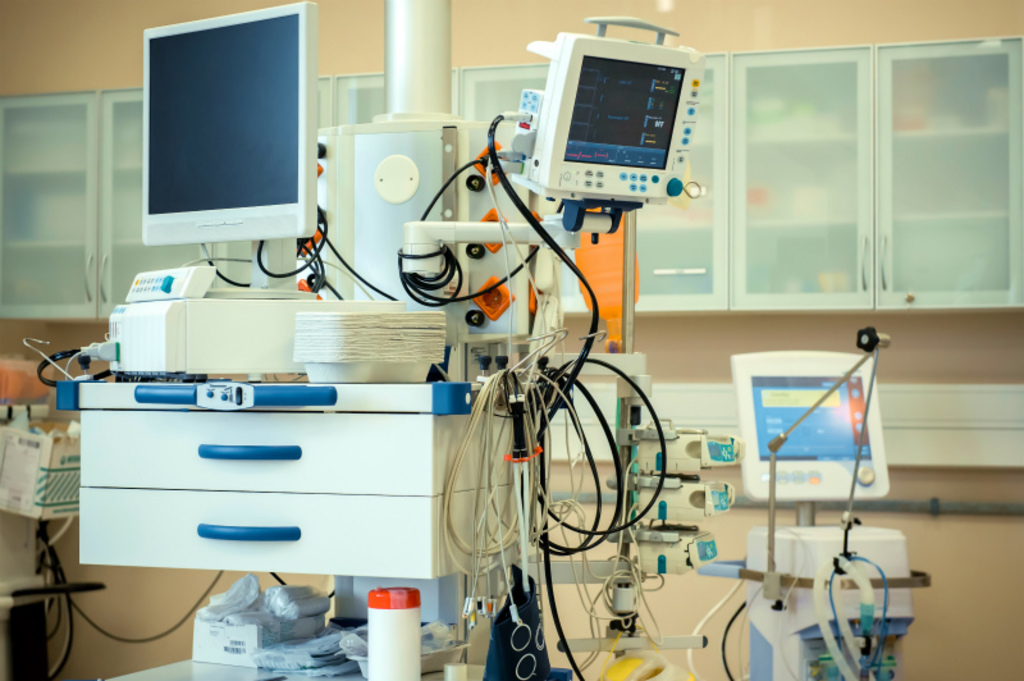 医用UPS利用シーン(様々な医療機器)