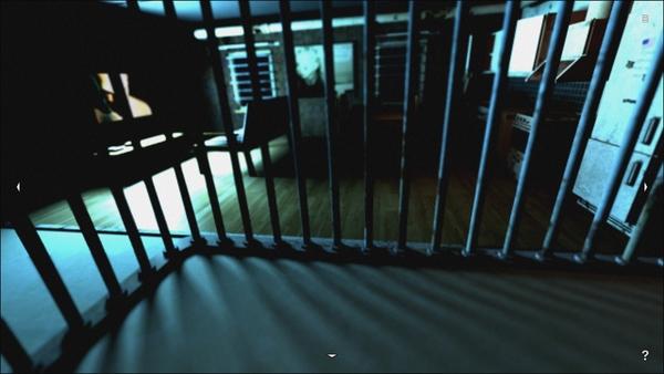 テレビの光や切れかかって点滅している照明など、雰囲気はバッチリ。視界が悪く、今にも何かが出て来そうだ