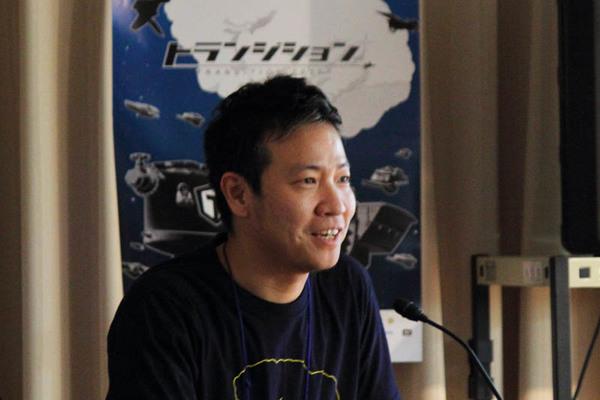 講演するデジカの岩永朝陽氏。近年はPCゲーミングの注目度が上がって来ていると話した。