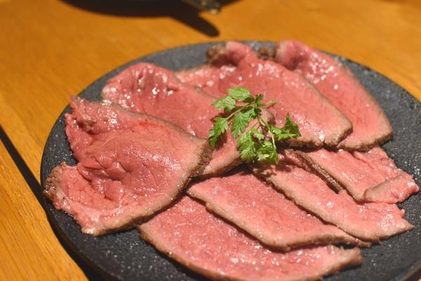 東京オーブン 赤坂 前田牧場のローストビーフ