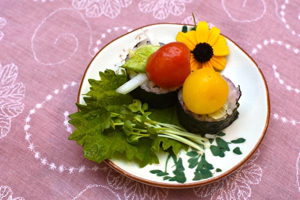 マリネ野菜のせ海苔巻き 野菜寿司