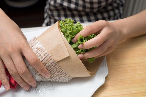 鶏肉とアボカドの美肌ブーケサラダ グリーンカール
